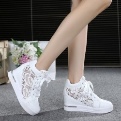 Trendy high platform loafers - lace sneakers with laces